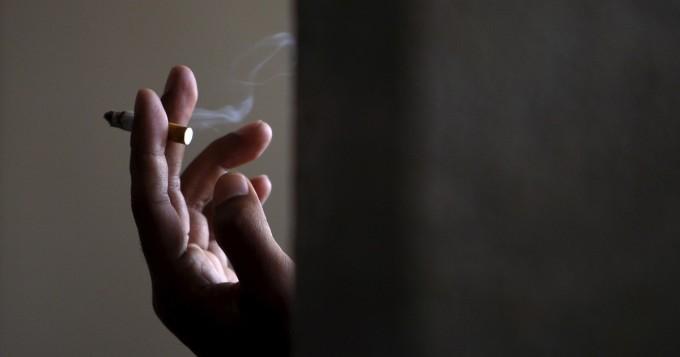 Tupakoinnista 50 000 euron vahingot asuntoon - vuokralainen tuomittiin korvauksiin