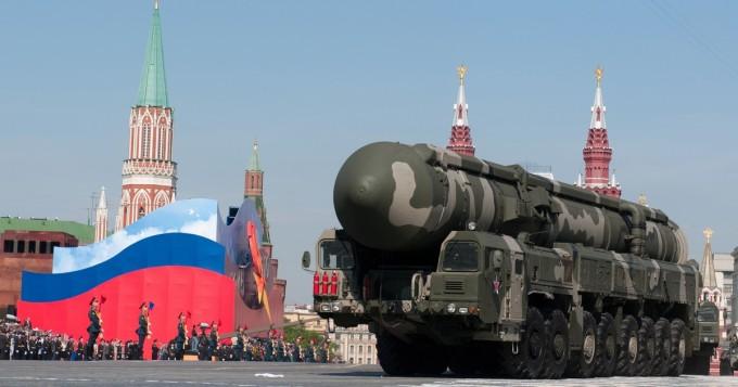 Tällainen on venäläisten modernin näköinen T-14 Armata -tankki - toimitukset munattiin (kuva)