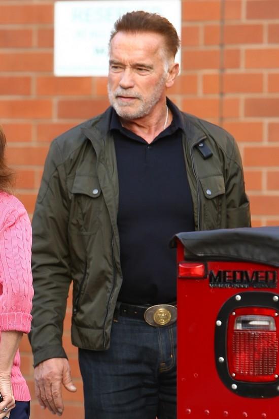 Arnold Schwarzenegger - Hummer
