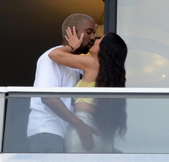 Kim Kardashian - Kanye West