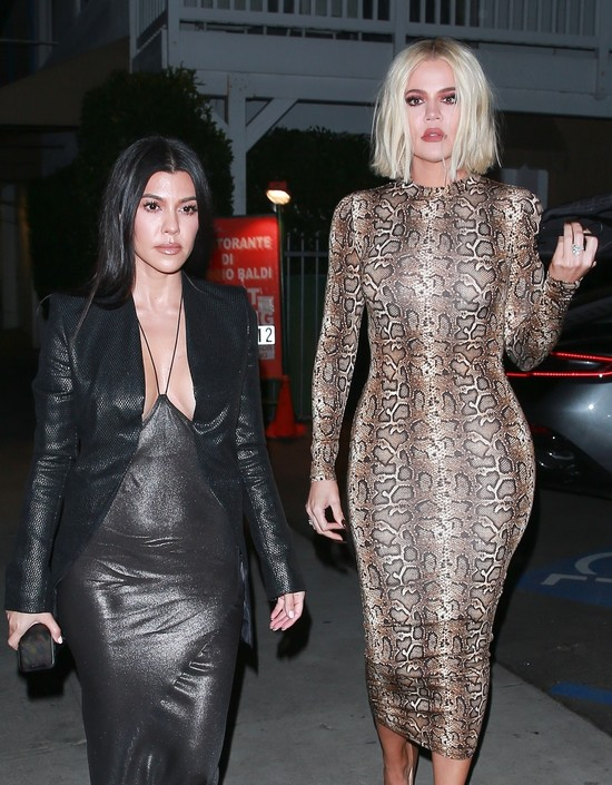 Kourtney  ja Khloe Kardashian