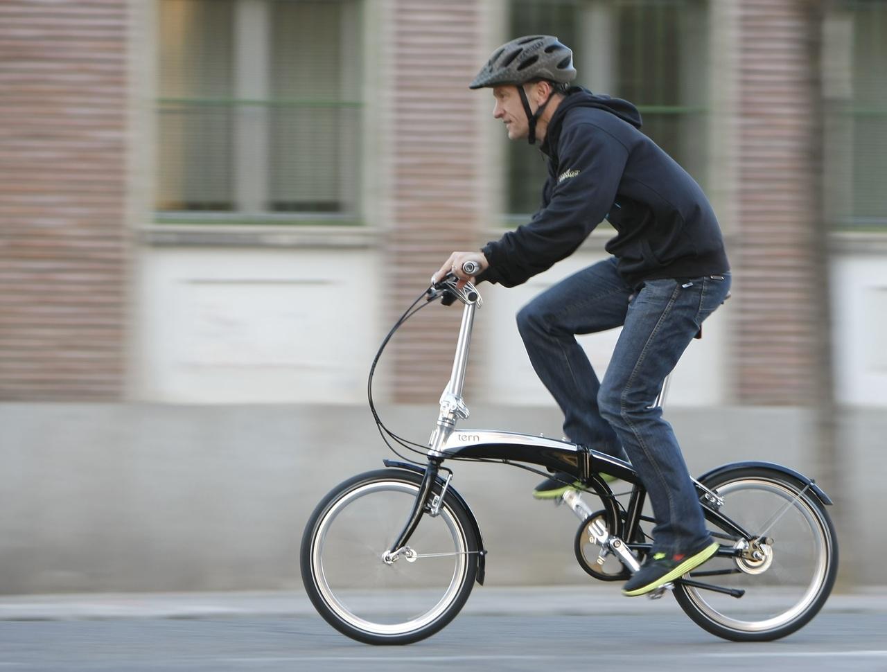 Urban cycling, brompton, foldable bike