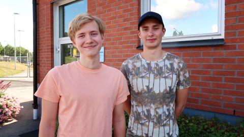 Ivar och Linus stämplar ut för sommaren