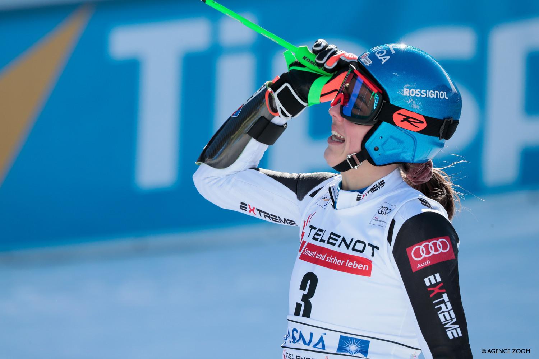 Vlhova wins home giant slalom in Jasna