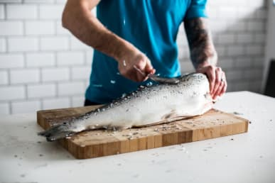 what to look for when buying fresh fish