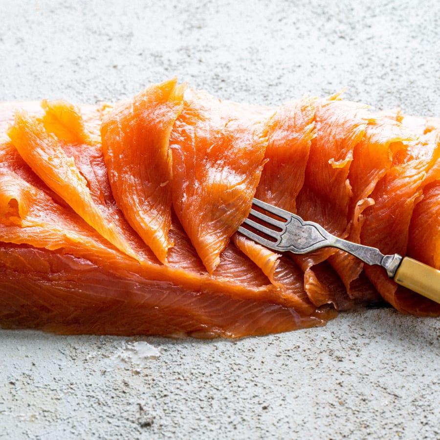 smoked salmon 1kg d cut