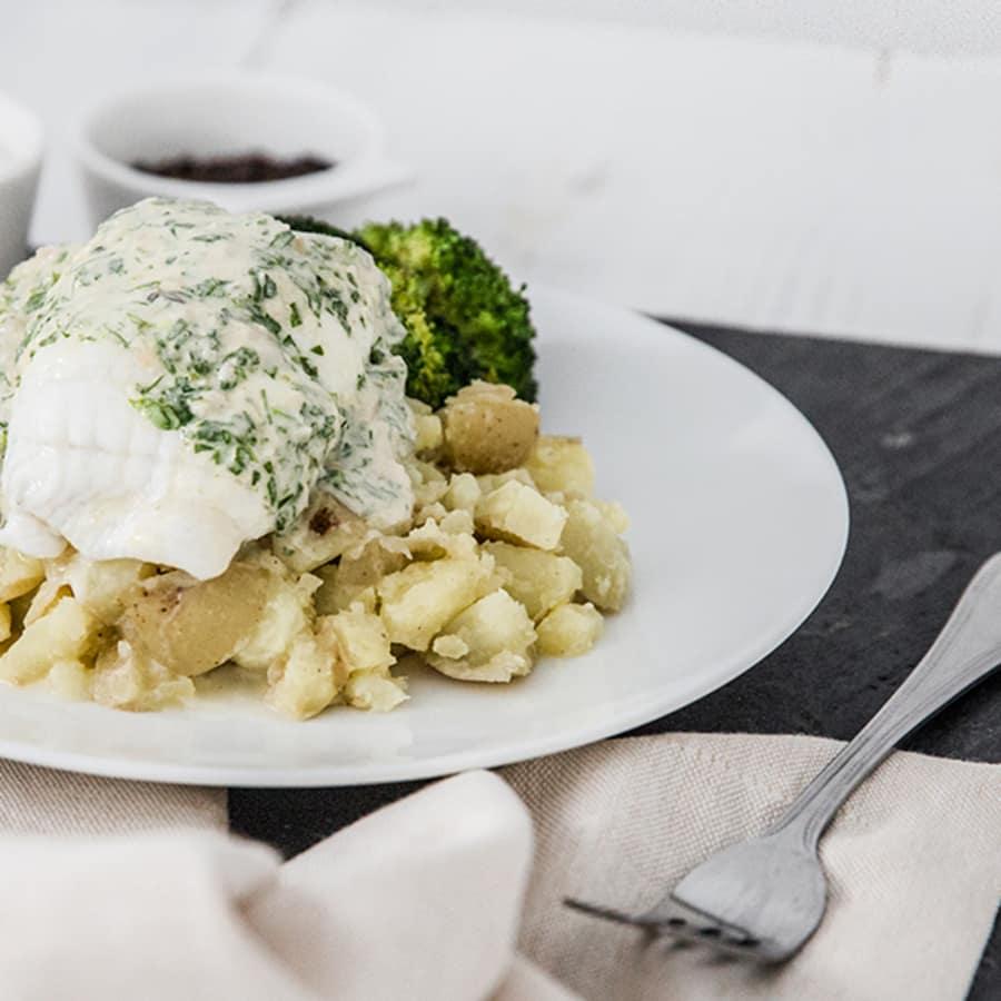 Steamed Cornish Plaice Fillets, Crushed Potatoes, Broccoli & Tarragon Sauce
