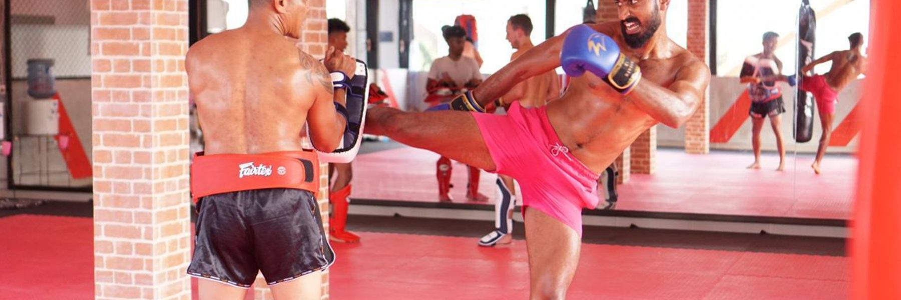 Zealot Muay Thai image