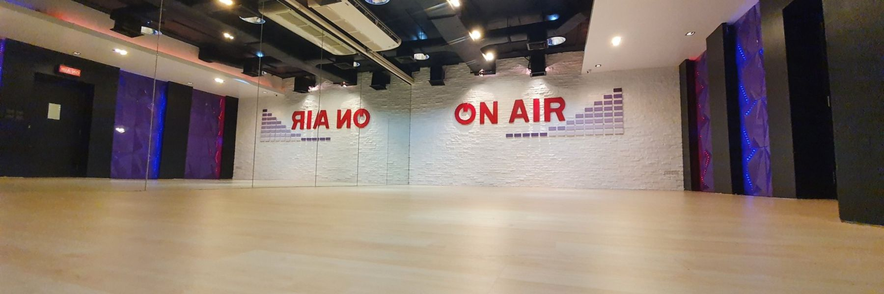 On Air Academy Thonglor image