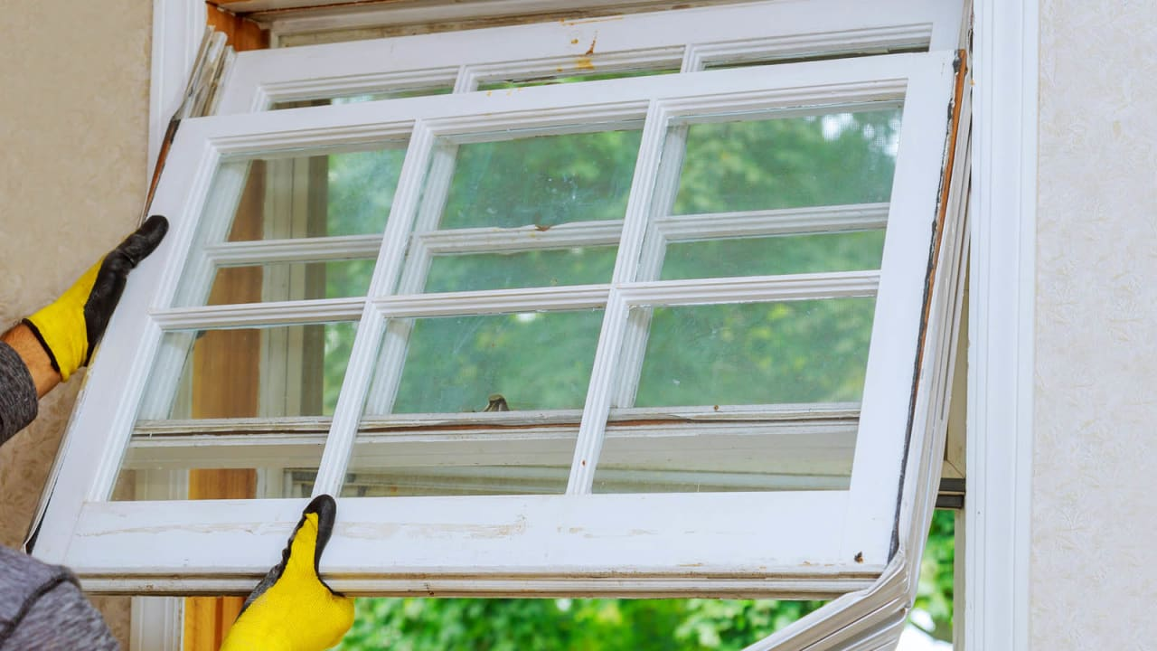 If your home needs new glass, talk to us. We're your team for residential glass repair in the Pittsburgh area.