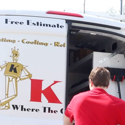If you need Chicago air conditioner repair, there's only one team to call for 24/7 service in town: King!