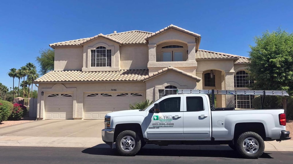 From our free checkups to our quality team, there's a reason why homeowners call us for residential roofing repairs here in Phoenix.