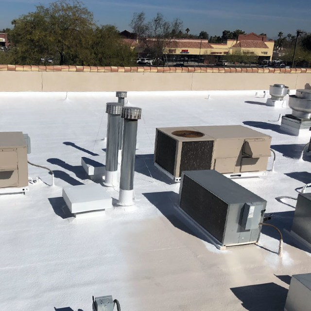 As one of the Valley's largest roofers, we're your go-to team for retail building roofing here in Phoenix.
