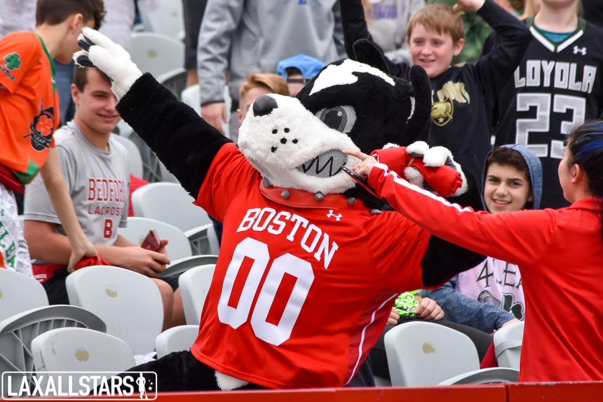 Boston Terriers defeat No. 2 Loyola Greyhounds