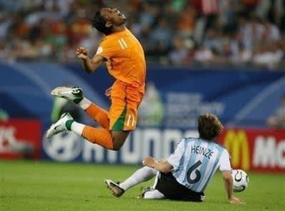 Soccer_Drogba_Dive