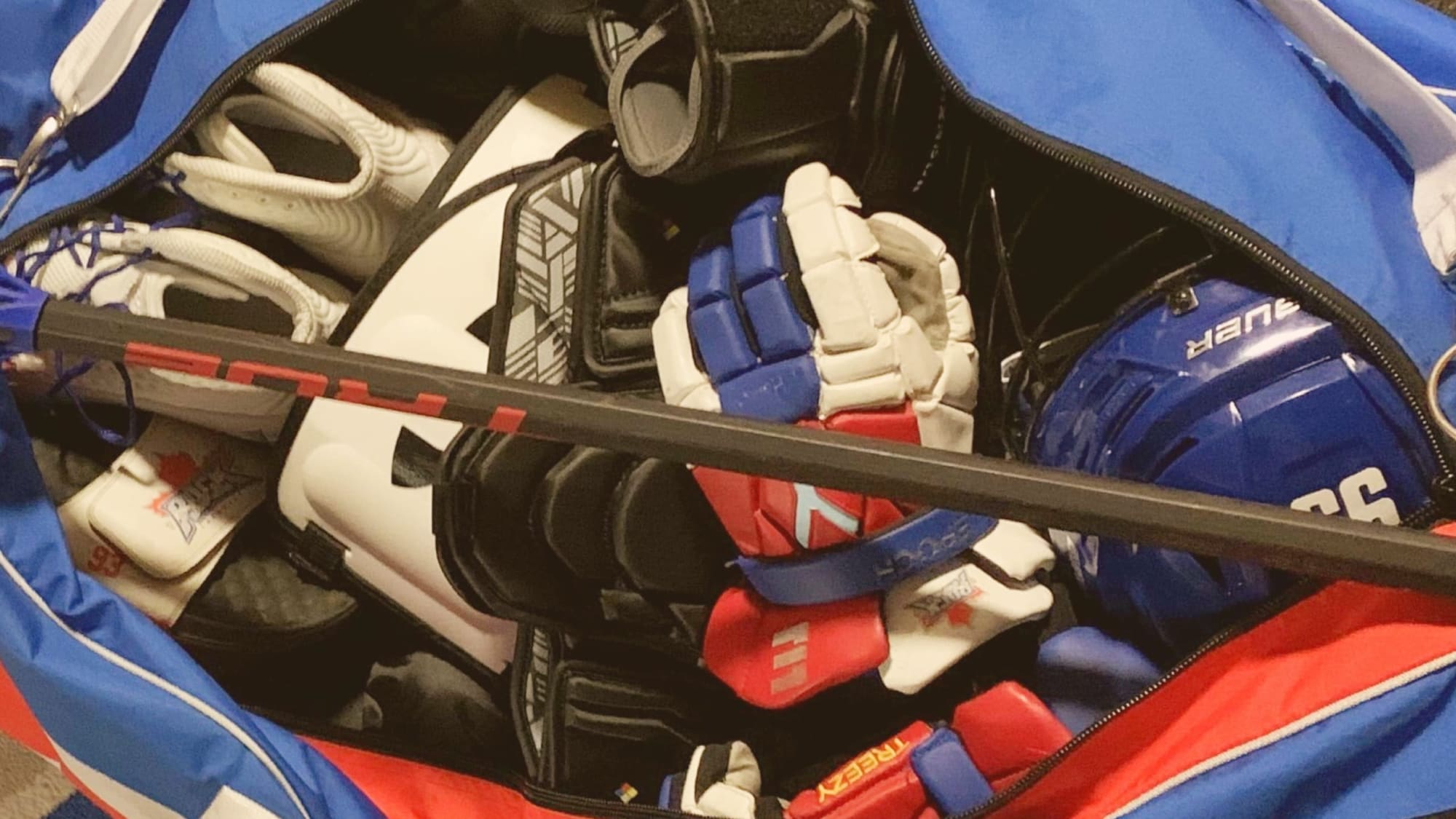 Your gear can get pretty soaked after playing lacrosse. These are five accessible ways you can air out lacrosse equipment.