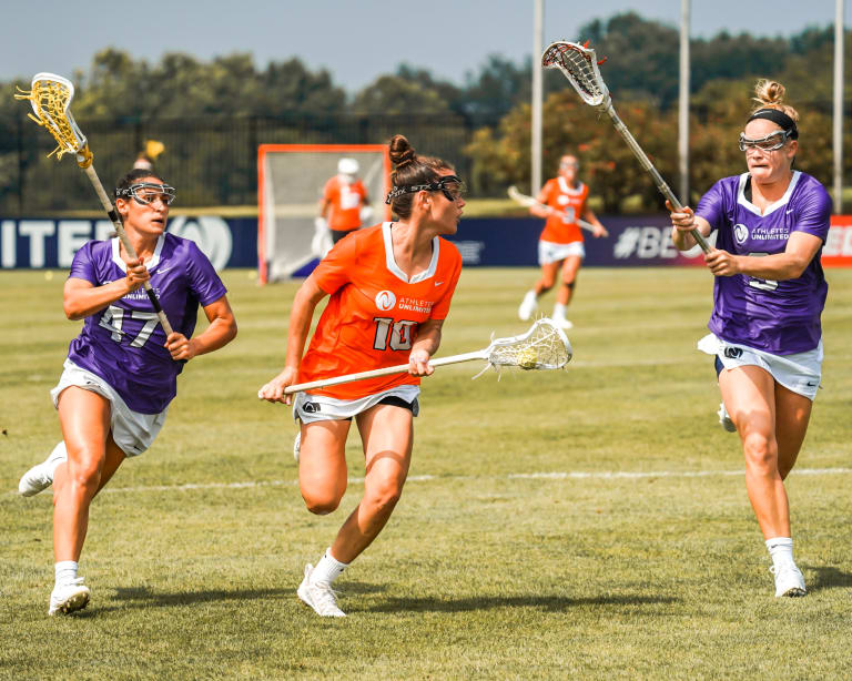 Womens Pro Lax - Kenzie Kent Looks to Evade Katie O'Donnell and Alyssa Parrella Game 6