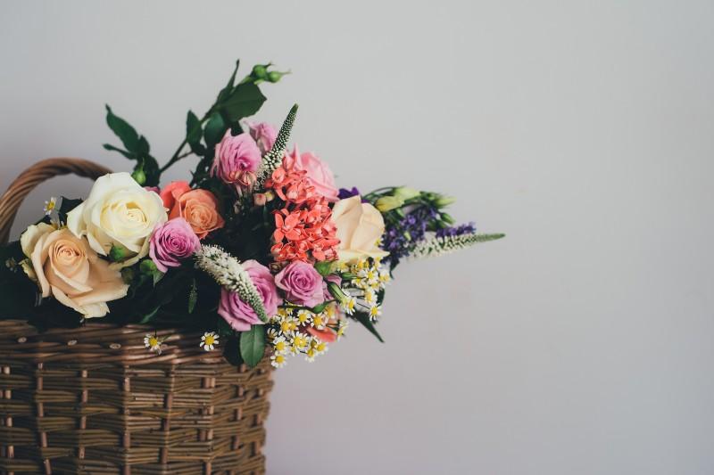 DIY housewarming ideas, homemade housewarming gift ideas, gift ideas for a house warming party
