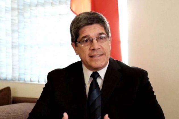 Carlos Fernandez de Cossio