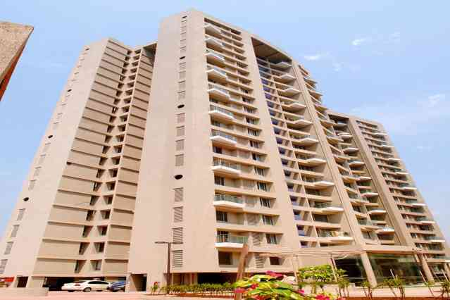 FlatGradings - Kanakia Niharika Apartment