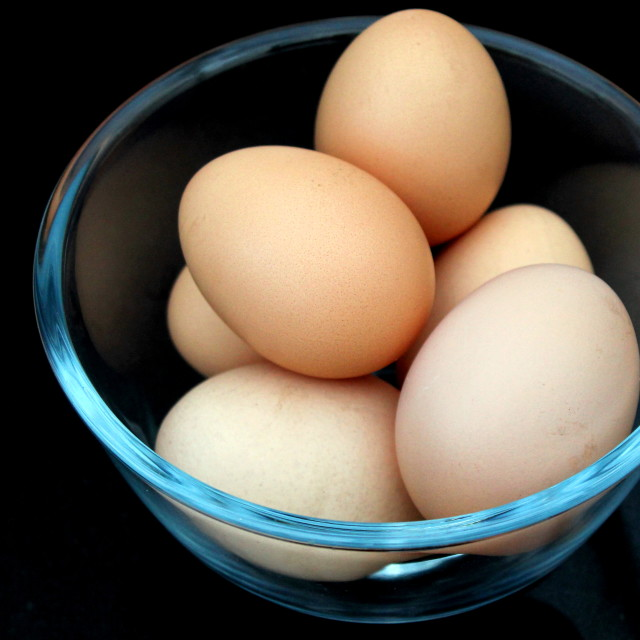 """6 Eggs in a glass bowl"" stock image"