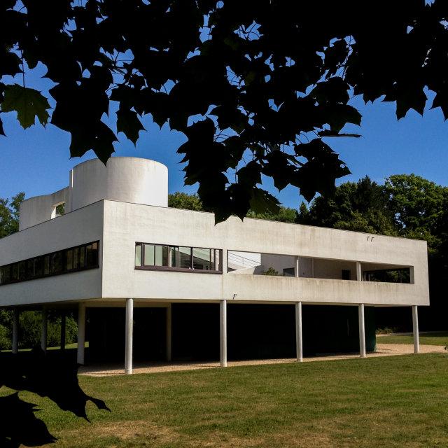 """Villa Savoye in Poissy by Le Corbusier."" stock image"