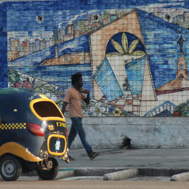 """""""Coco taxi and mural, Havana"""" stock image"""