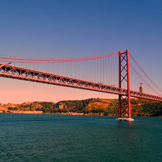 """""""Ponte 25 de Abril"""" stock image"""