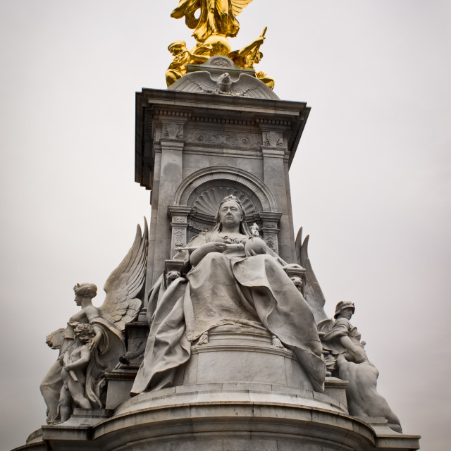"""""""The Victoria Memorial in front of Buckingham Palace - London"""" stock image"""