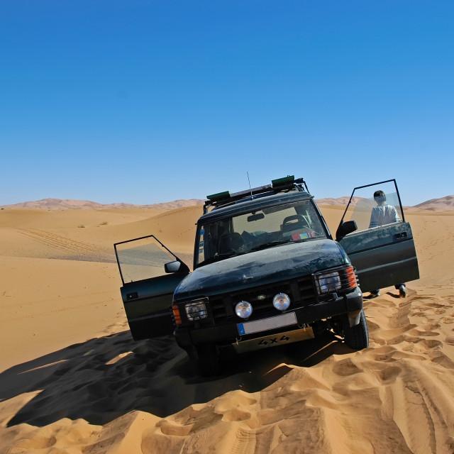 """""""Landrover in desert"""" stock image"""