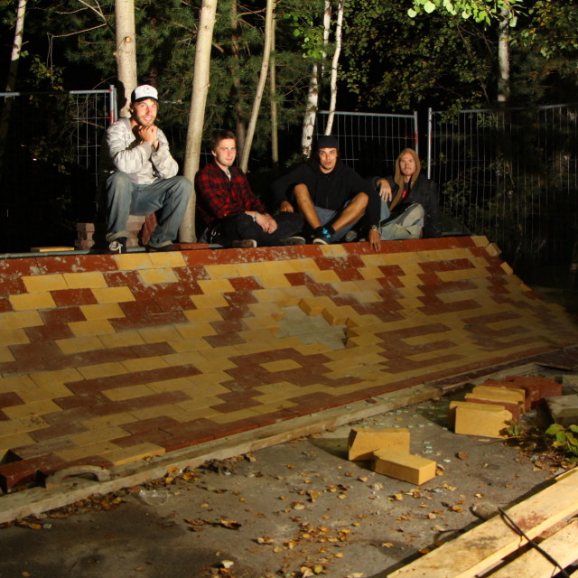 """""Live Free"" motive on DIY skateboard brick art sculpture"" stock image"
