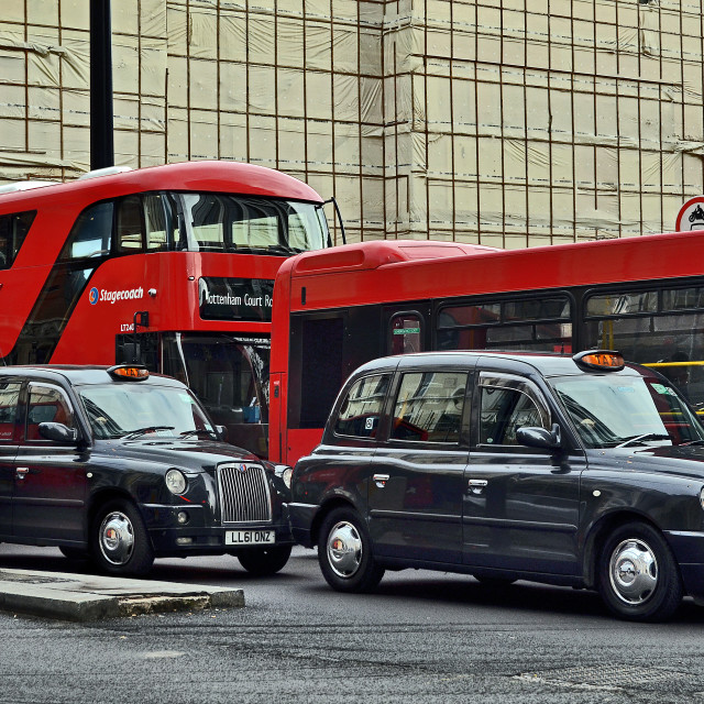 """""""London - England - Typical traffic of Central London - Bishopsgate"""" stock image"""