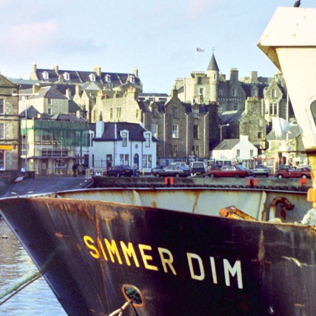 """""""Simmer Dim. Shetland"""" stock image"""