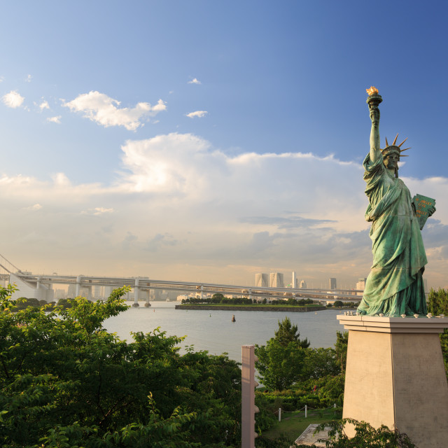 """""""ODAIBA,TOKYO-CIRCA JUNE 2014: There exists a replica of statue of liberty in odaiba, japan on CIRCA June 2014"""" stock image"""