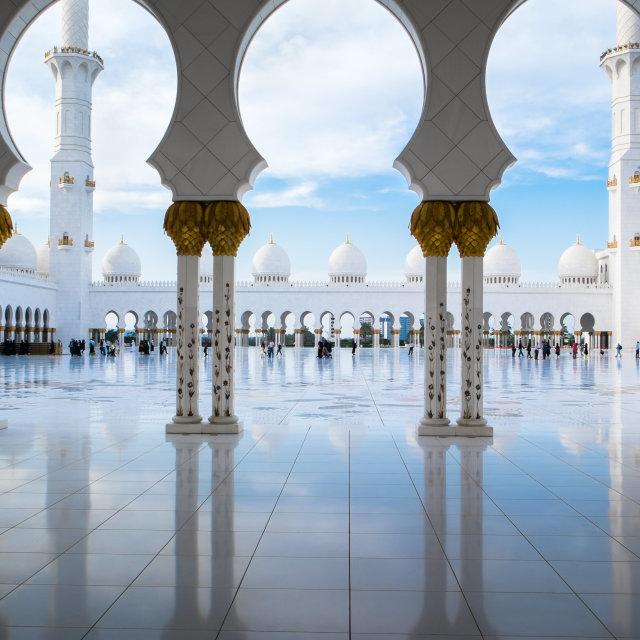"""ABU DHABI, UAE - CIRCA MARCH 2014: Sheikh Zayed Grand Mosque, Abu Dhabi, in Abu Dhabi. The largest mosque in United Arab Emirates"" stock image"