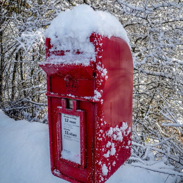 """""""Postbox in Snow"""" stock image"""
