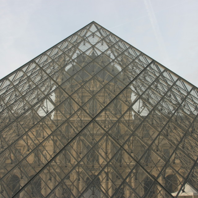 """""""View through the Pyramide at the Louvre"""" stock image"""
