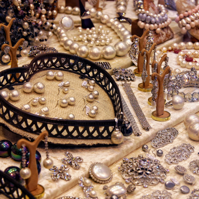 """""""Detail of the showcase of a pearls shop"""" stock image"""