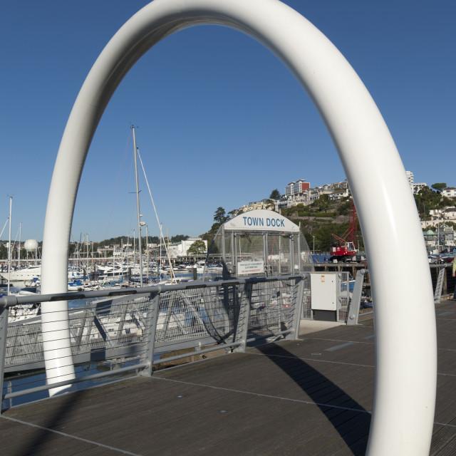 """'Vanishing Point' Street Sculpture - Beacon Quay - Torquay"" stock image"