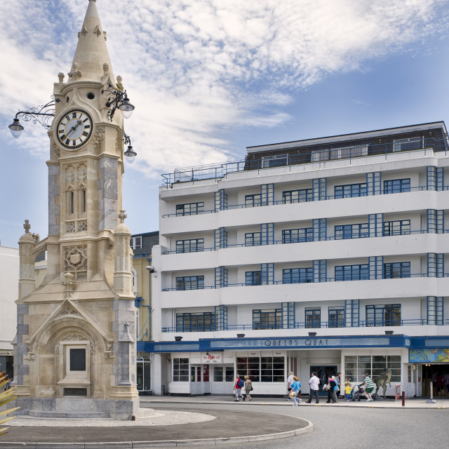 """""""Torquay Clock Tower and Queens Quay Apartments - Torquay"""" stock image"""