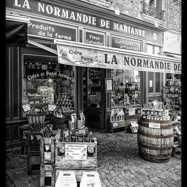 """""""Honfleur shop"""" stock image"""