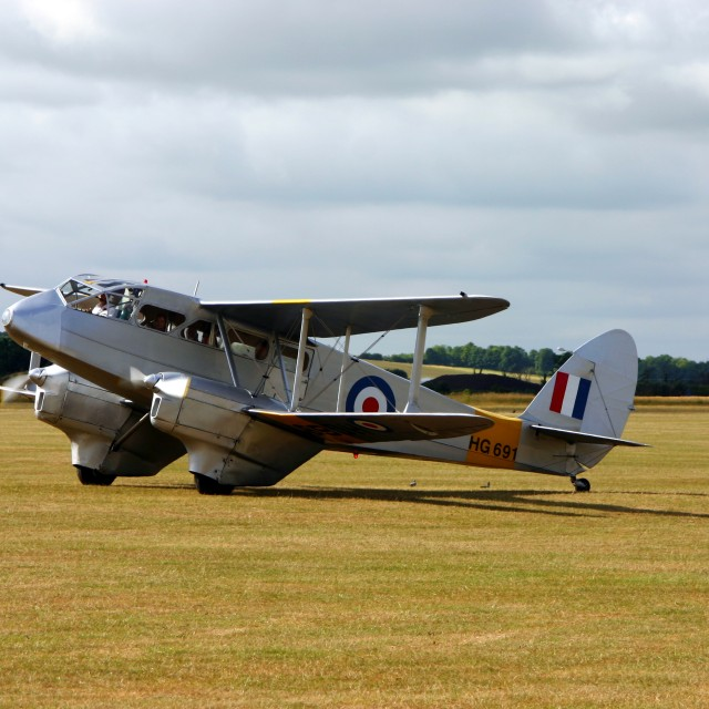 """""""De Havilland DH89a Dragon Rapide HG691"""" stock image"""