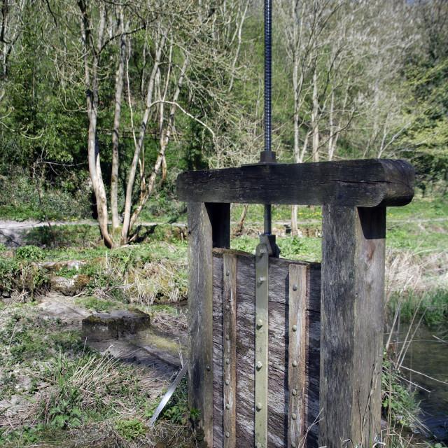 """""""SLUICE GATE ON THE RIVER LATHKILL"""" stock image"""