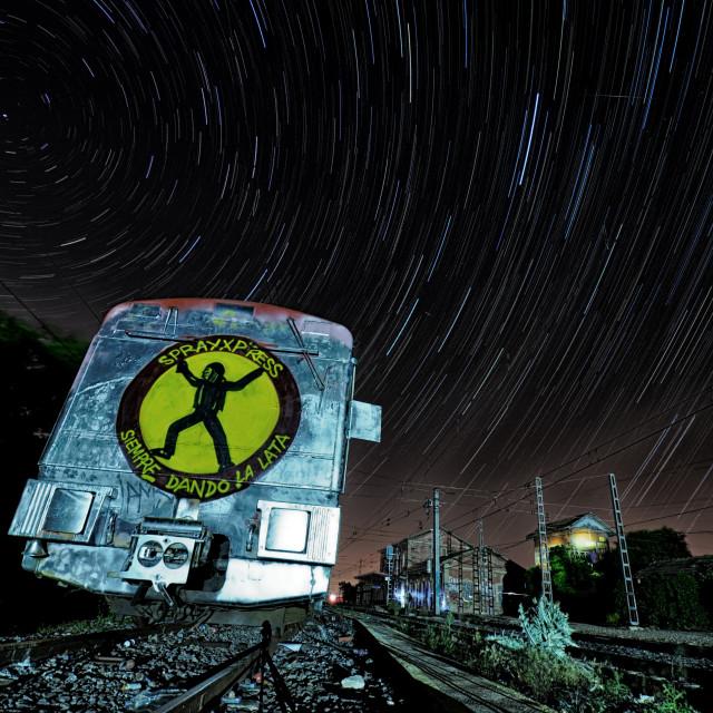 """""""SprayXpress - Siempre dando la lata (Circumpolar - Startrails)"""" stock image"""