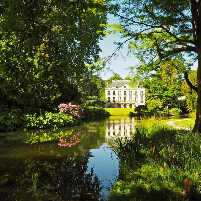 """""""Arboretum de la Vallee-aux-Loups"""" stock image"""