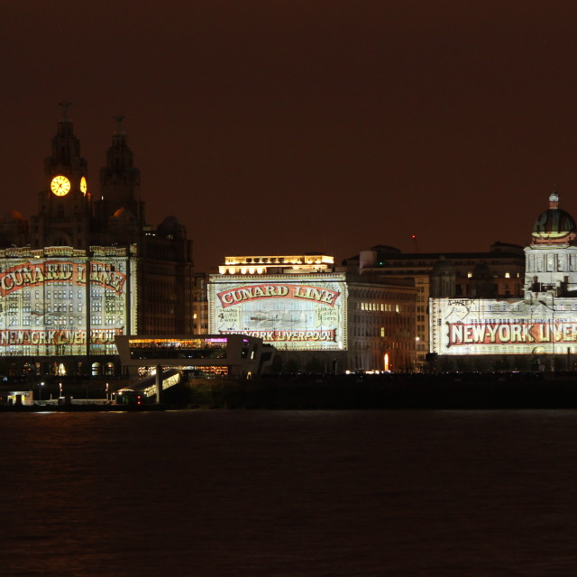 """cunard light show on liverpool waterfront"" stock image"