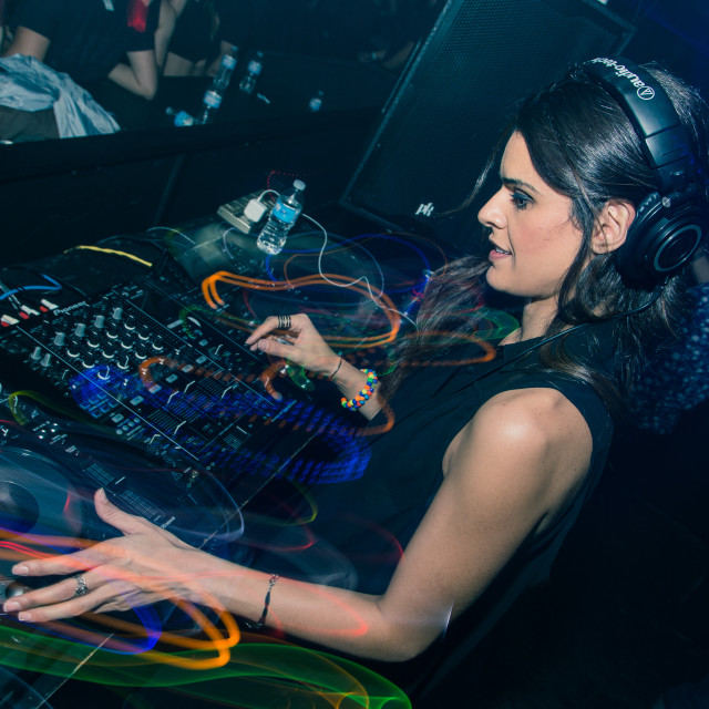 """ANNA 