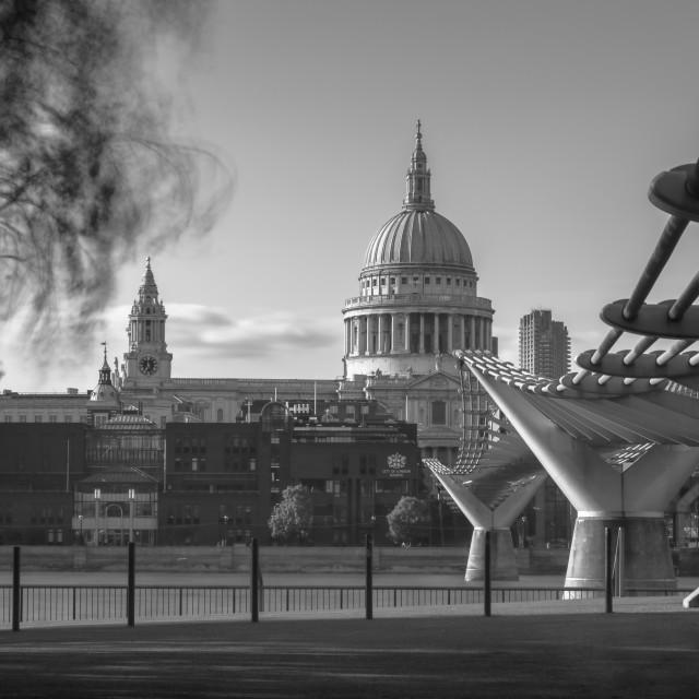 """""""St Paul's and Millennium Bridge"""" stock image"""