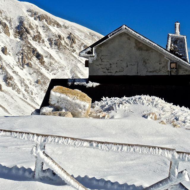 """""""Prima neve sul Gran Sasso"""" stock image"""