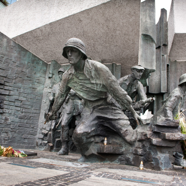 """""""Running soldiers of Warsaw uprising"""" stock image"""